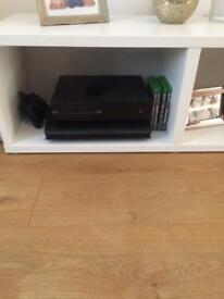 Xbox one 5 games one pad