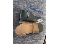 Boys river island boots