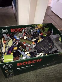 Lego 1kg (1000g) Mixed Lego OUT OF LARGE BOX (Star Wars/Bionicle/Lego City)