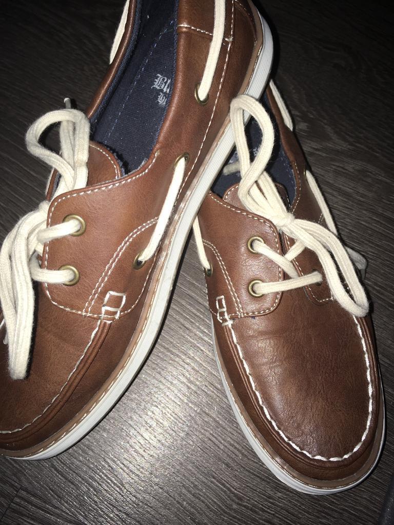 Matalan boy tan shoes size 5