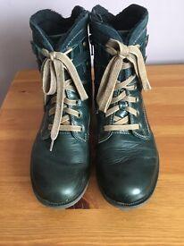 Ladies Joseph Seibel Green leather boots