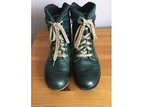 Ladies Joseph Seibel Green leather boots