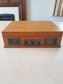 Steepletone retro record player. and radio. USB & subwoofer ports. Used twice. Excellent condition.