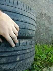 "2x225/35/19"" tyres"