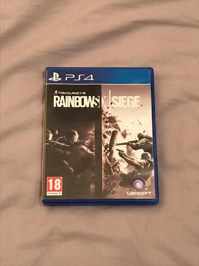 RAINBOW SIX: SIEGE (PS4)