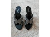 Unze shoes