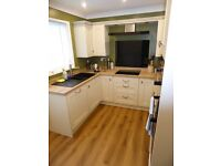 Comfortable Good Size Double Room Available. Roselands Area.
