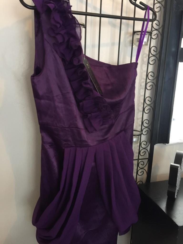 42c30a6646f1 Beautiful purple size 8 frilly off shoulder dress