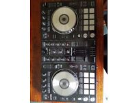 Pioneer ddj-sr controller and 2 x rokit 5 speakers in great condition