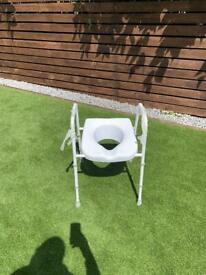 Mowbray Lite Toilet Seat and Frame
