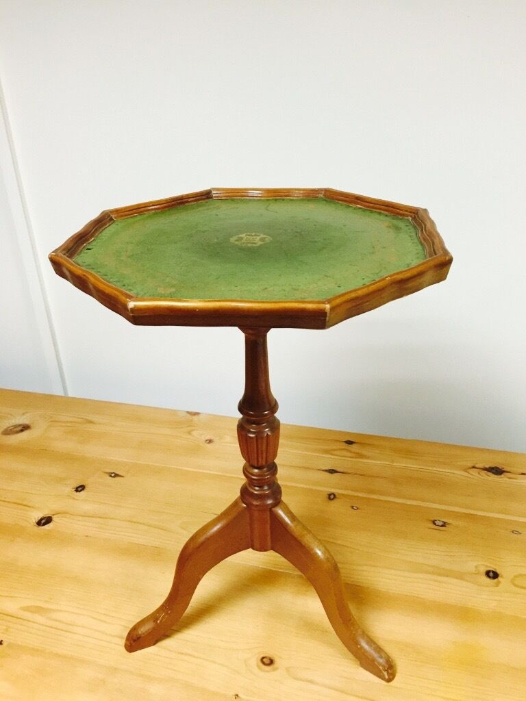 Wooden side table with leather top