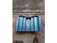 cantilever tool box in good used condition