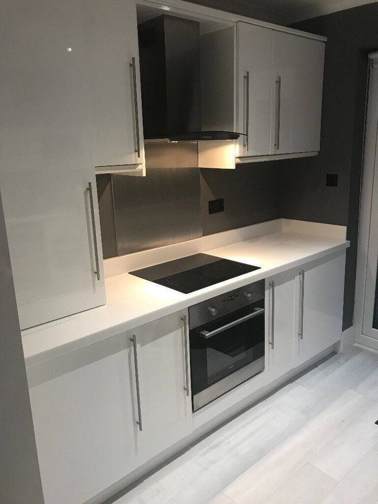 Kitchen Units, Worktops and Appliances