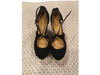 Zara Wedges Size 5