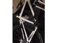 Btwin rockirider 5.3 mountain bike