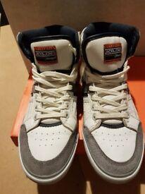 Authentic white jack & Jones men's size 7 shoes