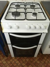 Freestanding Logik gas Cooker and stove