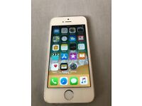 iPhone SE 16gb unlocked. Except fingerprint everything elseworking. £80 NO OFFERS.CAN DELIVER