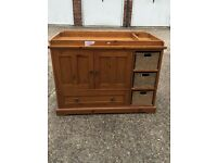 MAMAS & PAPAS BABY CHANGING UNIT WITH CUPBOARDS/DRAWS FOR STORAGE