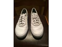 Size 8 (42) / White adidas leather sneakers / Amazing condition