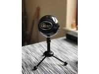 Blue snowball ice microphone RRP £49.99