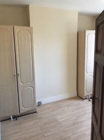 A nice double room to let for a single person