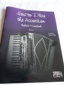 2 ACCORDION BOOKS