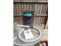 wood burning stove cleaner/ hoover ash vacuum 240v