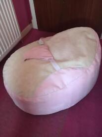 Bath seat and beanbag