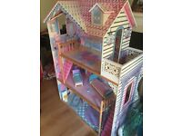 BARBIE DOLL HOUSE 4 FOOT