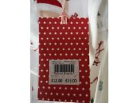 CHRISTMAS ALL IN ONE INC BIB & HAT 6-9 months in white and small detail