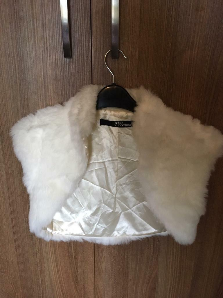 Ivory faux fur shrug - perfect for a winter wedding