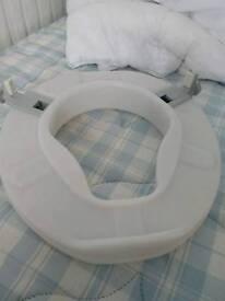 Toilet Seat Riser