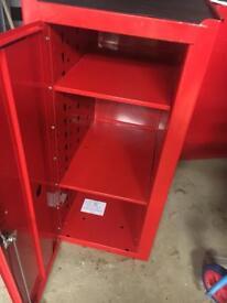 Snap on side locker