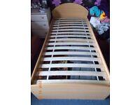 Childrens singkle bed frame