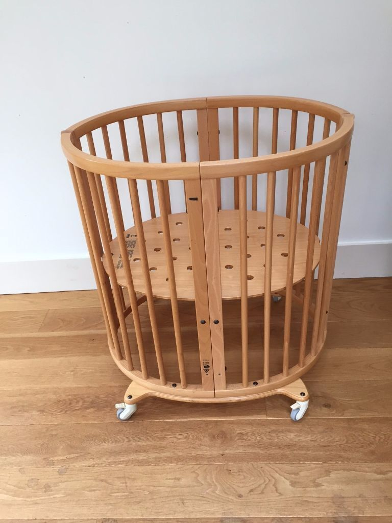 stokke sleepi mini stokke sleepi cot and bed in wirral merseyside gumtree. Black Bedroom Furniture Sets. Home Design Ideas
