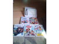 5 nintendo wii games including u draw board