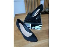 Ladies shoes brand new