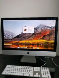 Apple 27-inch iMac 4.0GHz Quad-core Intel Core i7, 1TB SSD, 32GB RAM.
