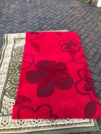 Stunning Red 100% Wool Rug from Rugs with Flair size 90cm x 150cm