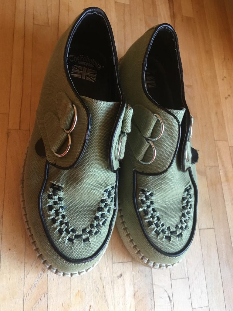 Size 5 green DM type shoe