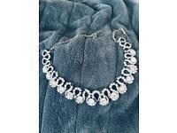 Lovely vintage-style necklace