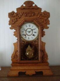 American Gingerbread Clock (Oak)