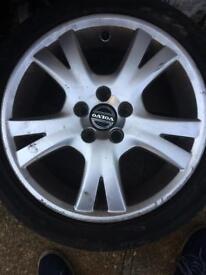 Volvo C70 alloys with tyres