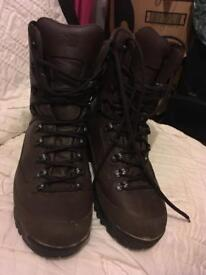 Army Issue Combat Boots Size 9W
