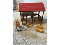 Sylvanian families stable and pony set