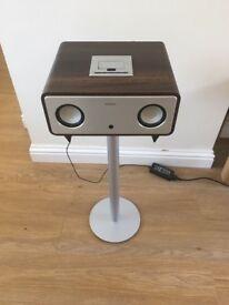 Sandstrom speaker