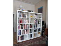 KALLAX Shelving unit in white with wheeles