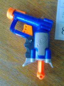 NERF GUN, AMMO & TARGETS - AS NEW UNUSED - ASKING £12.50 ono