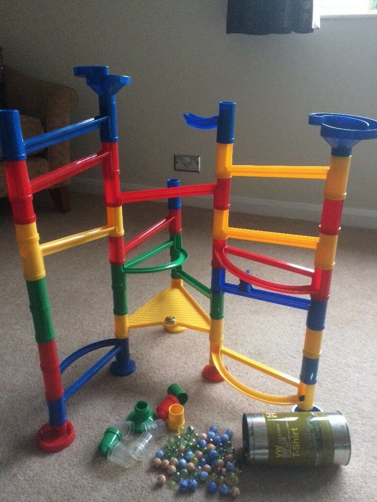 Marble Track with 44 pieces and huge container of marbles of various colours/sizes